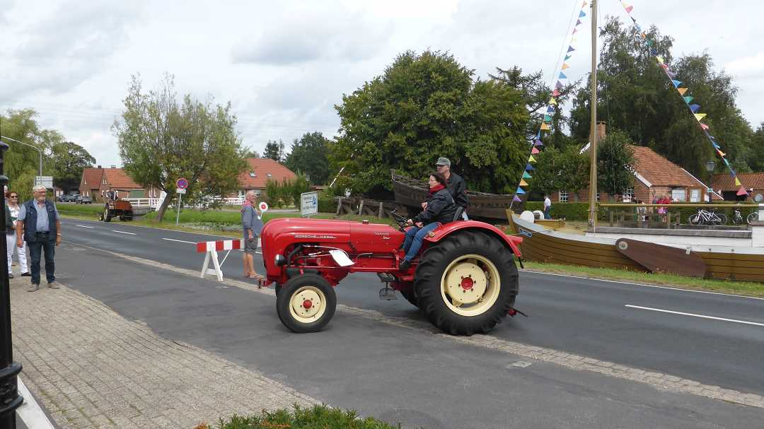 traktoren_oldtimer_korsofahrt_11.8.19_(2)